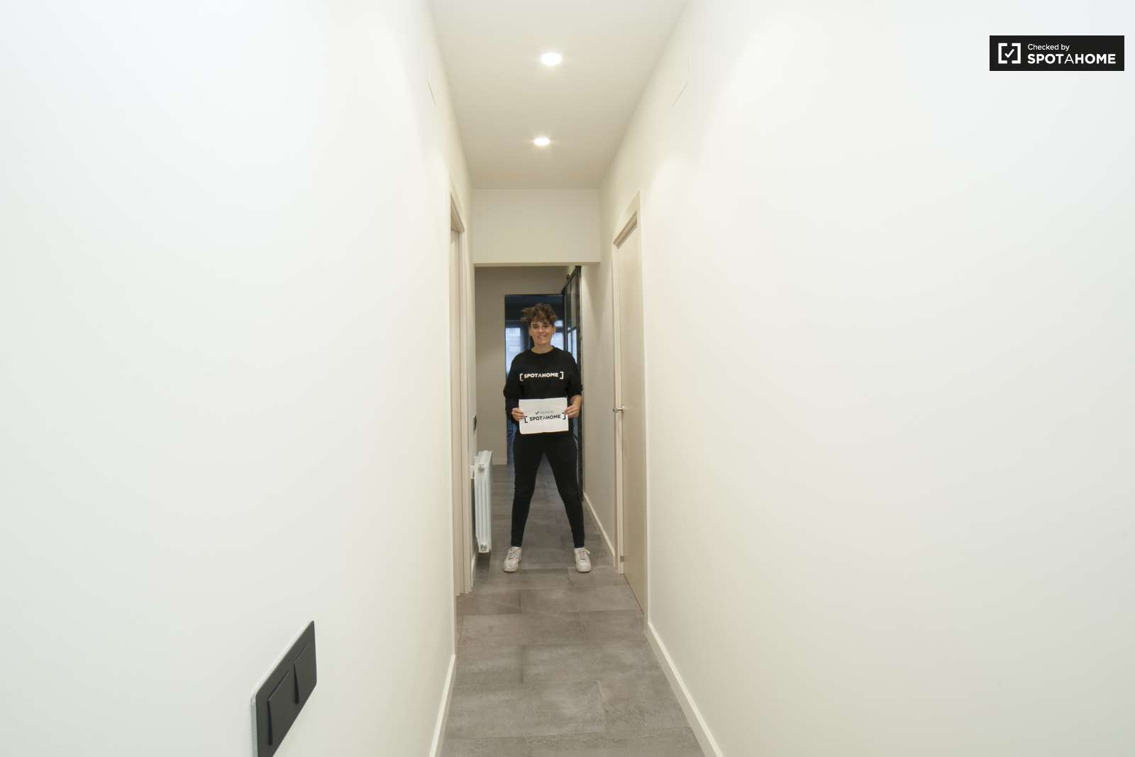 Spacious 1-bedroom apartment for rent in Sarrià-Sant Gervasi
