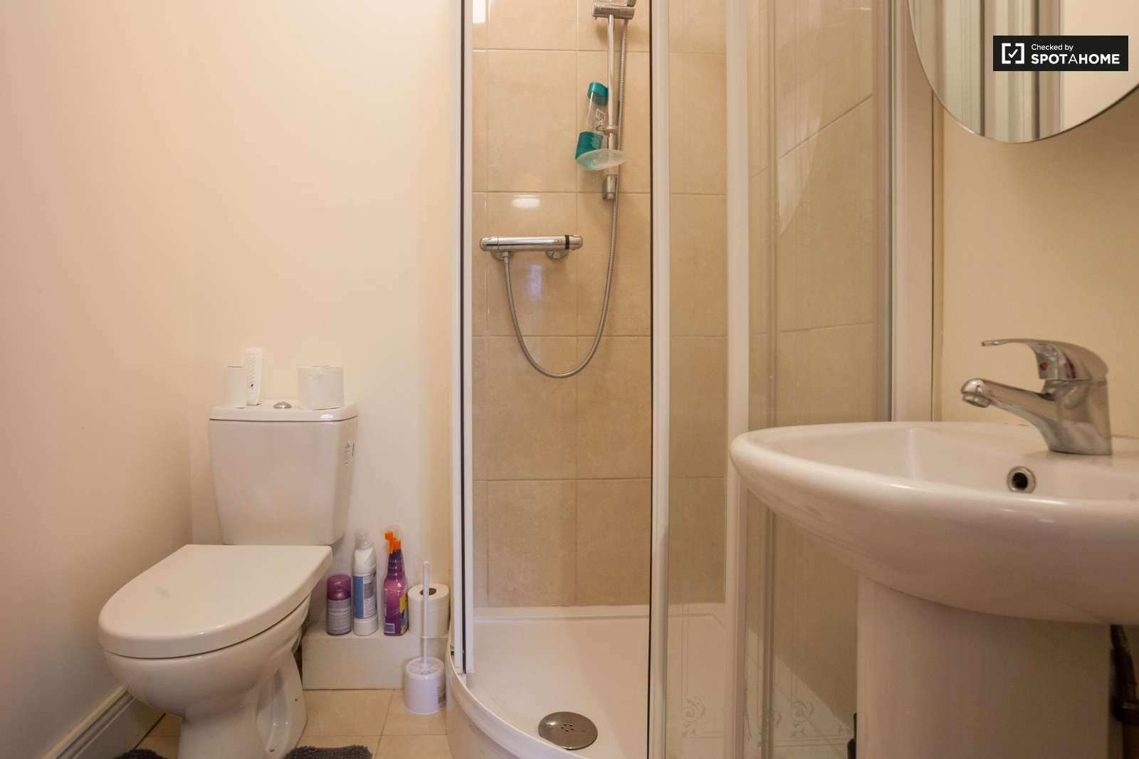 Neat studio apartment for rent in Blanchardstown, Dublin ...