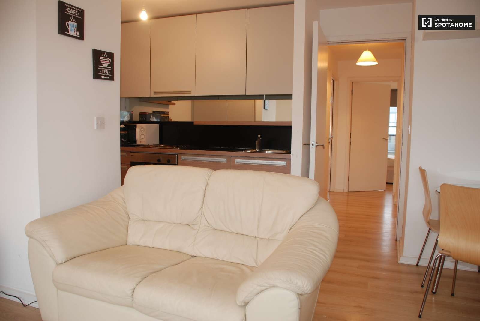Kitchen   Livingroom. Large 2 Bed Flat for Rent with Balcony in Ashtown  Dublin  ref