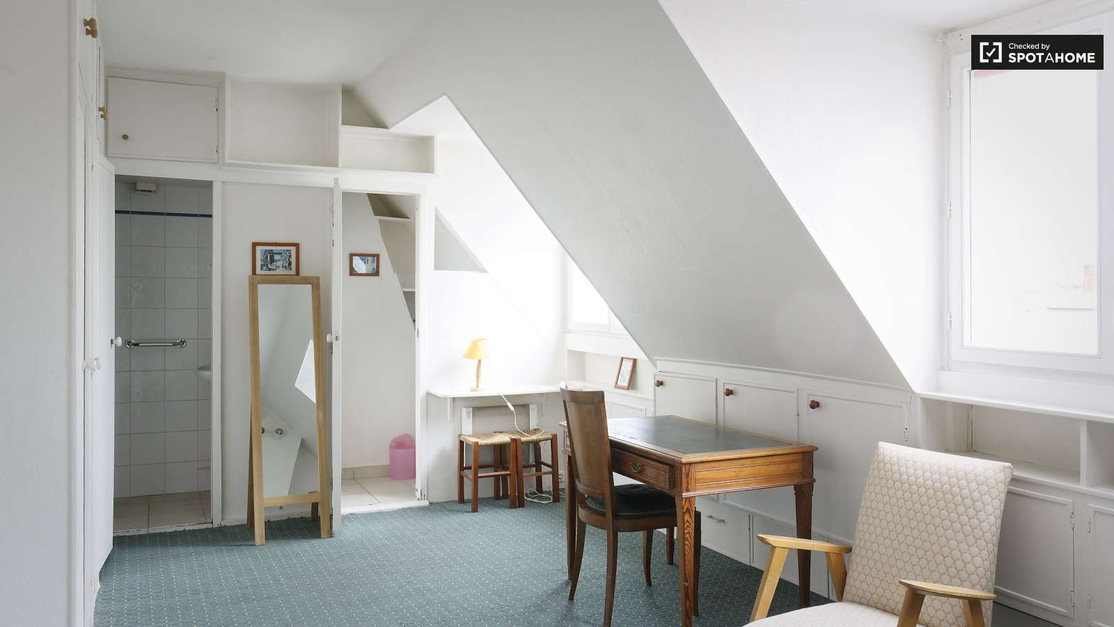 Cosy studio apartment for rent in Luxembourg, Paris 6 (ref: 106850 ...