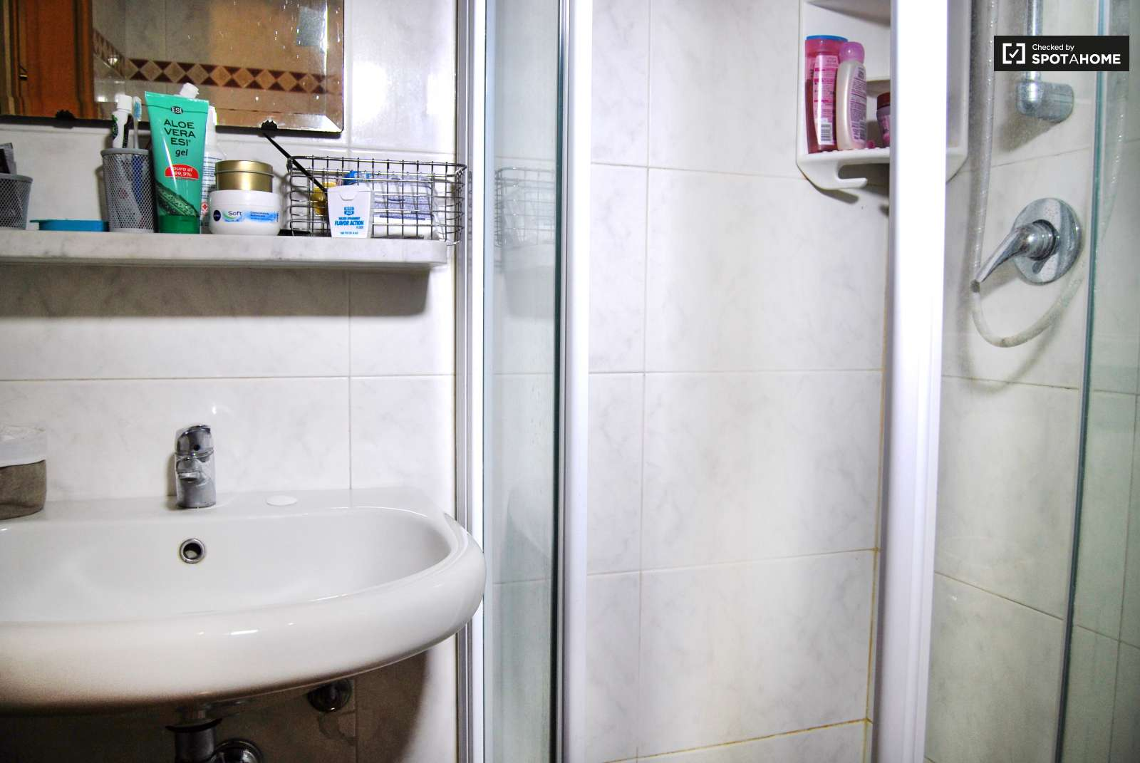 Stanza con bagno privato nell 39 elegante quartiere di brera milano ref 92017 spotahome - Stanza con bagno privato roma ...