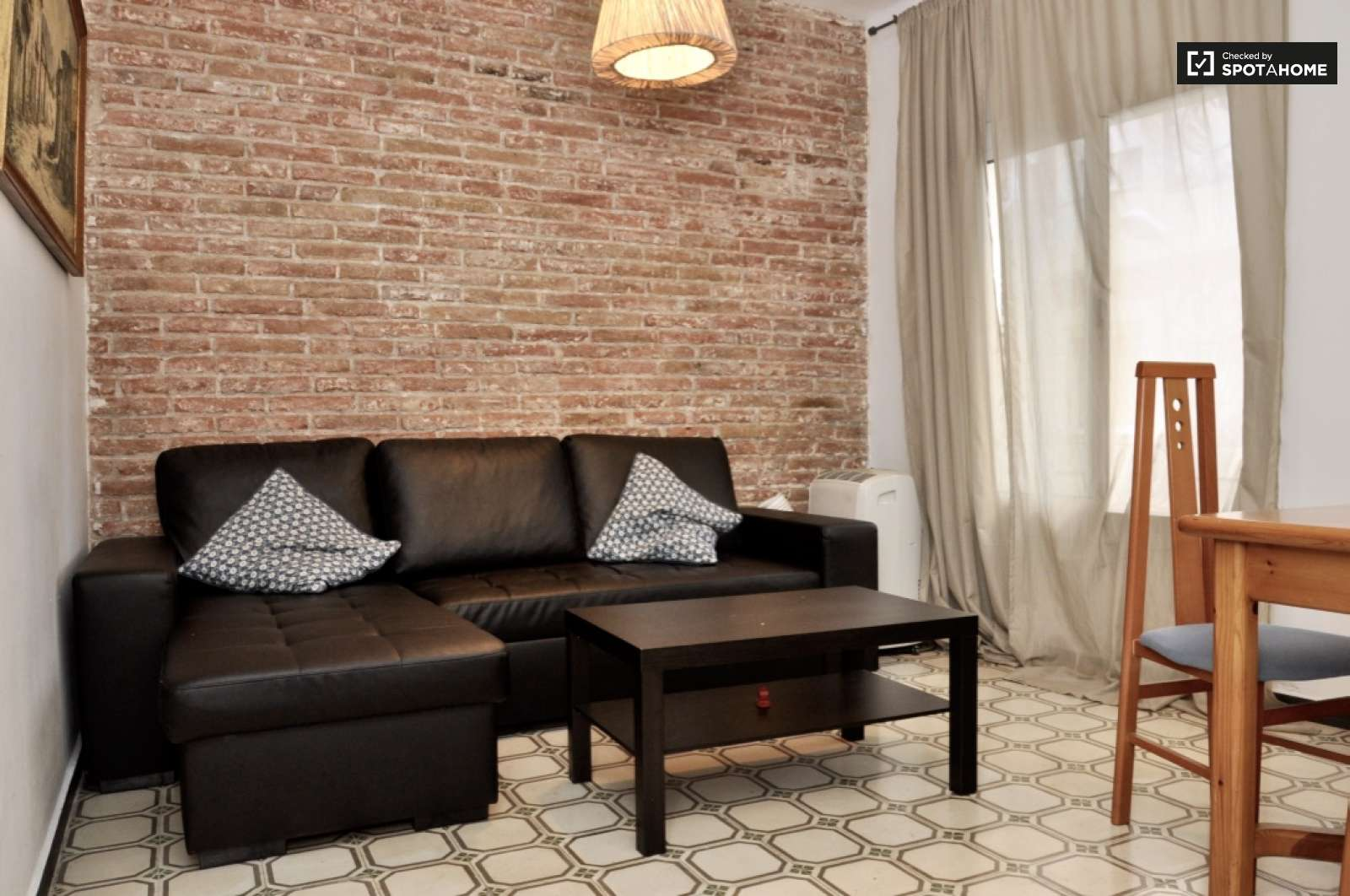 2 Bedroom Apartment For Rent In Poble Sec Barcelona Ref 143791  # Muebles Poble Sec