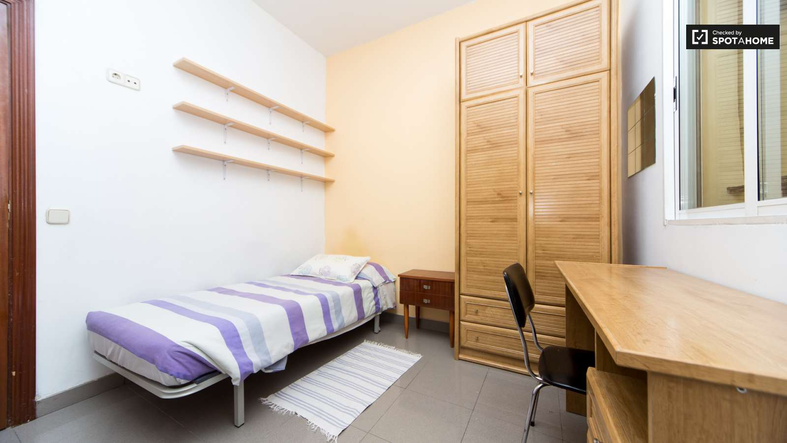 Single Bedroom Suite Single Bed In 3 Rooms In A Shared Flat Each With Private Bath In