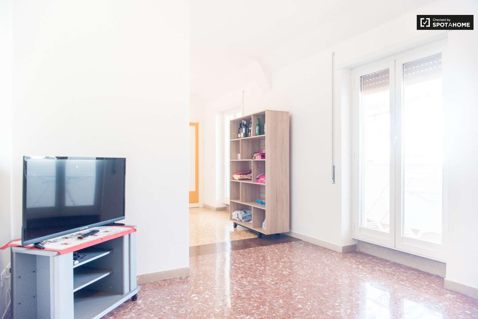 Cosa Vuol Dire Vasca Da Bagno In Inglese : Stanza arredata in un appartamento ostiense roma ref: 104051