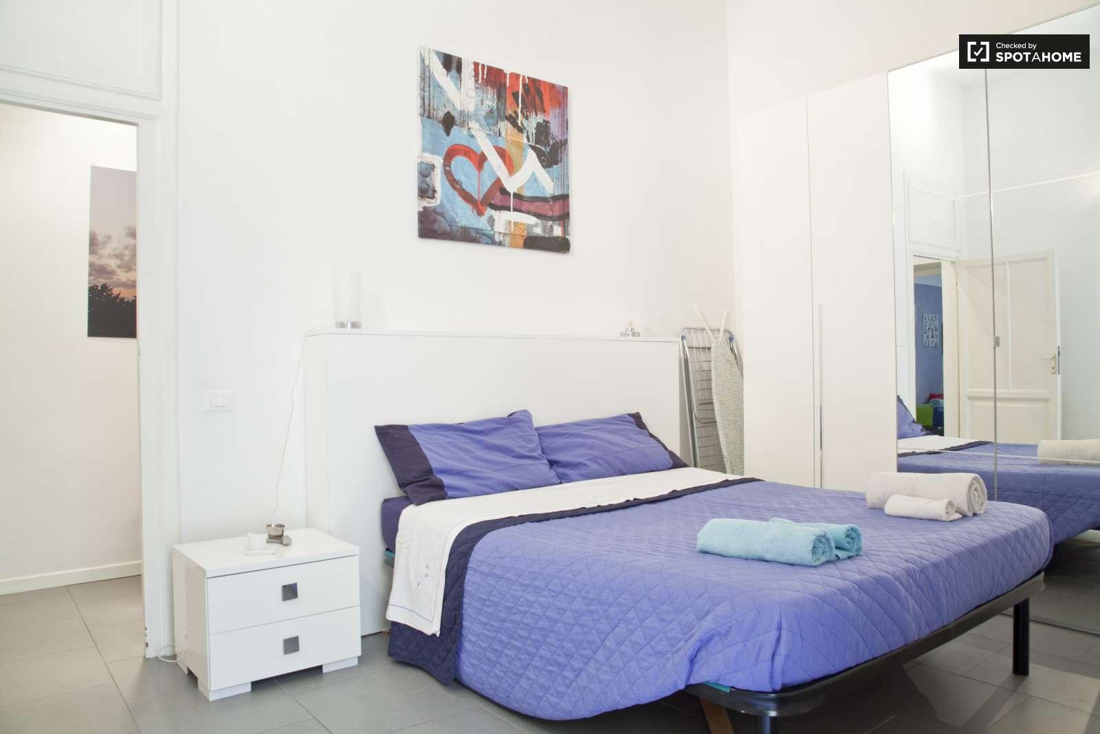 Disegno Idea appartamento 2 camere da letto torino massima qualità foto : Spazioso appartamento con 2 camere da letto in affitto - Termini ...