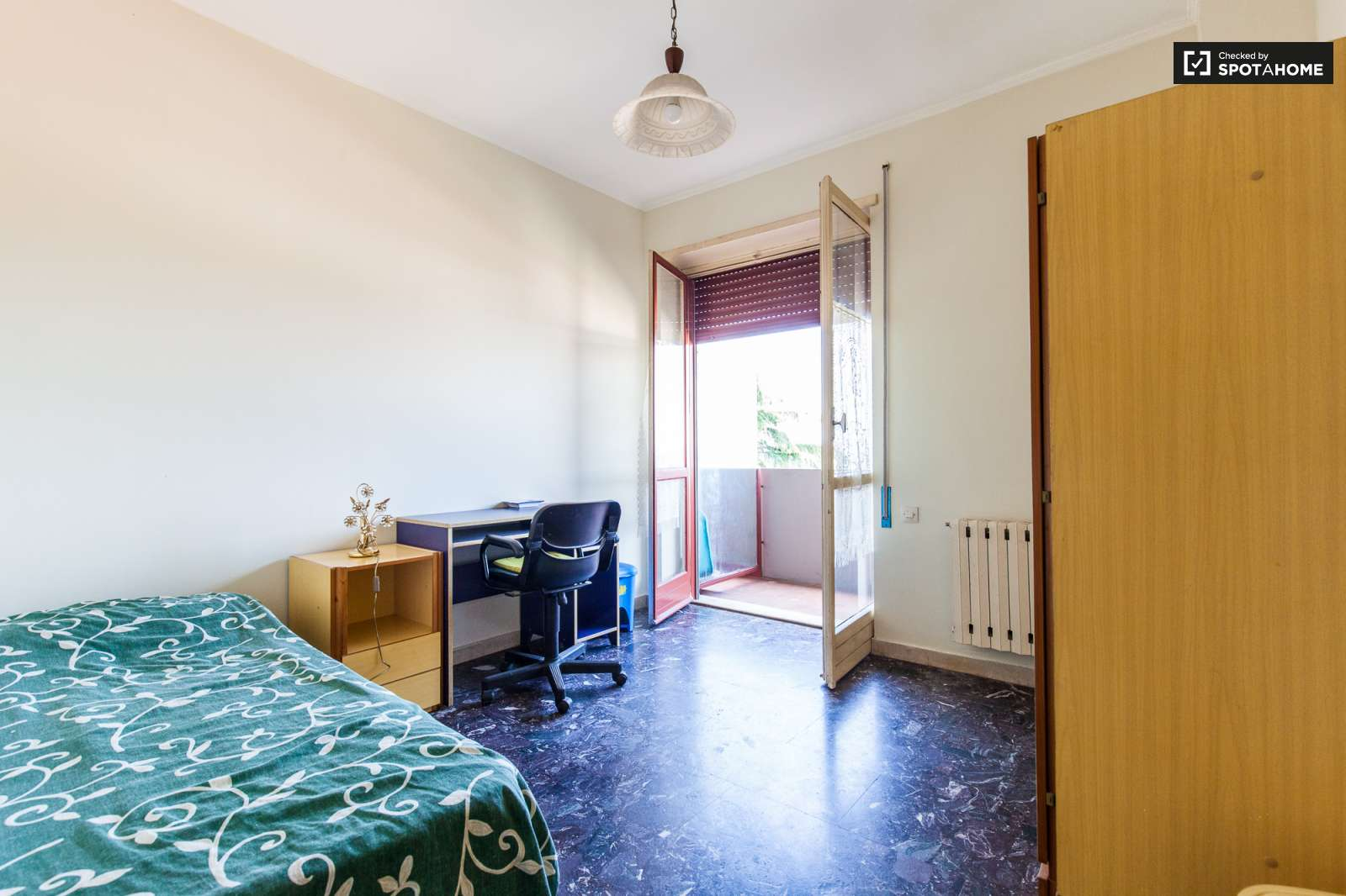 Single Bedroom Suite Room For Rent In A Bright Apartment In Rome Spotahome