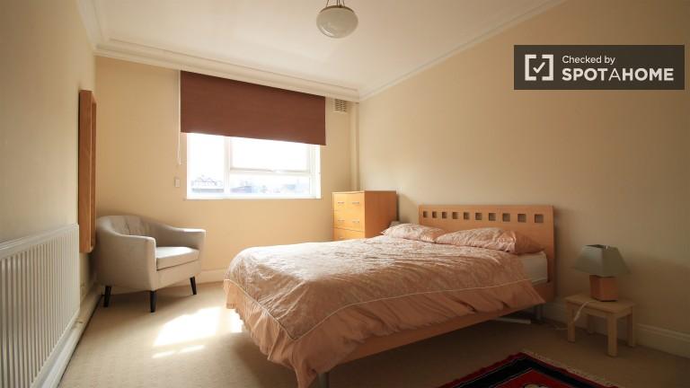 Luminous Bedroom 1