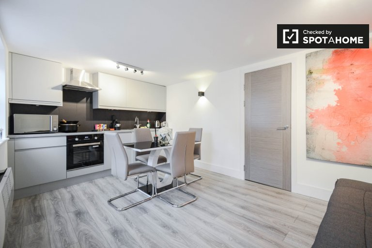 1-bedroom flat to rent in Fulham, London