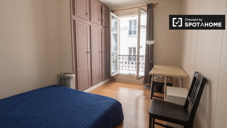 Furnished 2-bedroom apartment for rent in 5th arrondissement