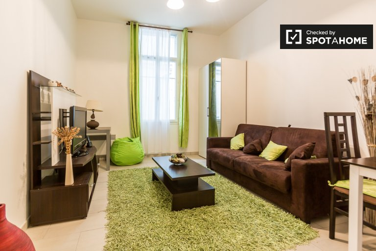 Charming studio apartment for rent in 18th arrondissement