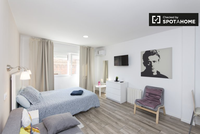 Schönes Studio-Apartment zu vermieten in Malasaña, Madrid