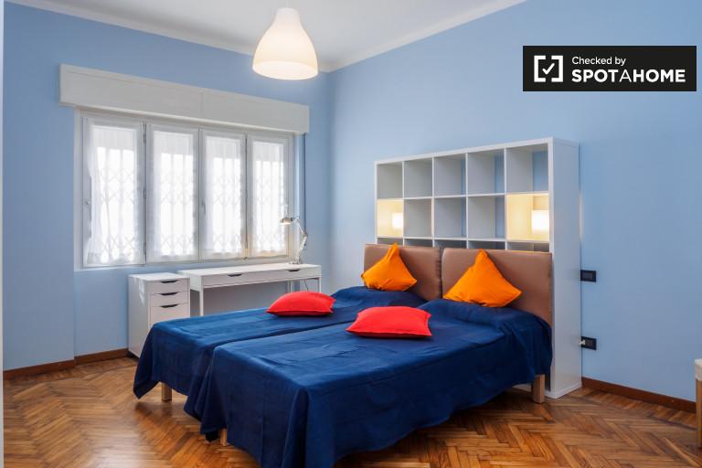 Moderno apartamento de 2 dormitorios en alquiler en Villapizzone, Milán