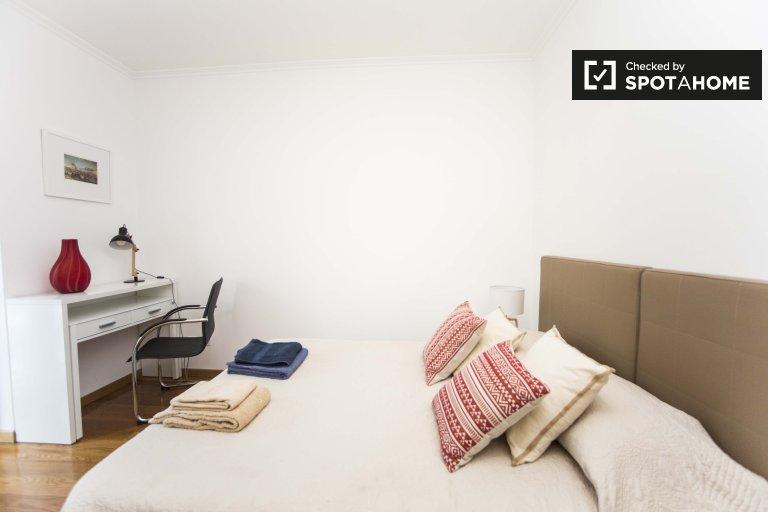 Fabuleuse chambre dans un appartement de 4 chambres à Arroios, Lisbonne