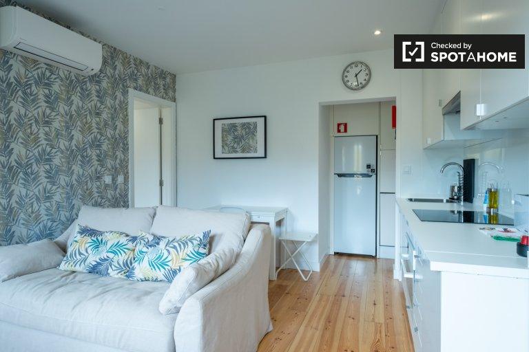 Simpatico appartamento con 1 camera da letto in affitto a Belém, Lisbona
