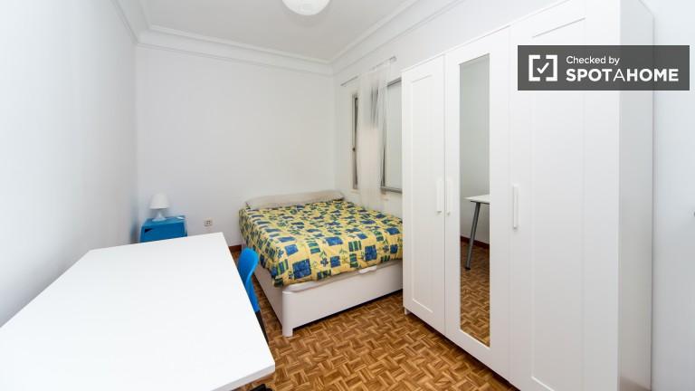 Interior double room (Room 3)
