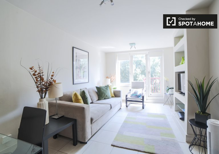 Stunning 1-bedroom apartment for rent in Kensington, London