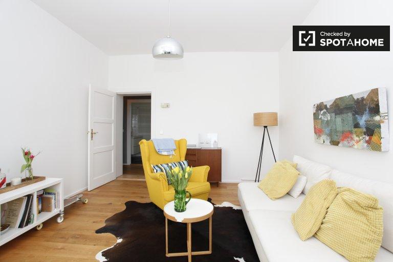 Stilvolle 1-Zimmer-Wohnung zur Miete in Neukölln, Berlin