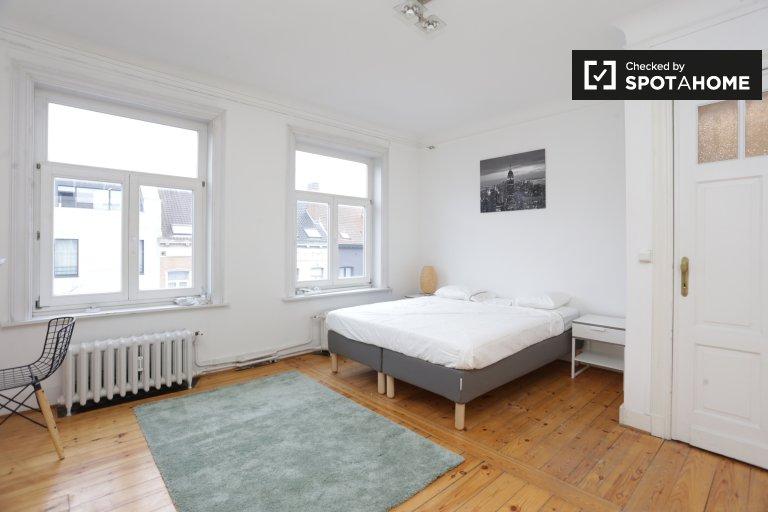 Chambre spacieuse à louer à Etterbeek, Bruxelles