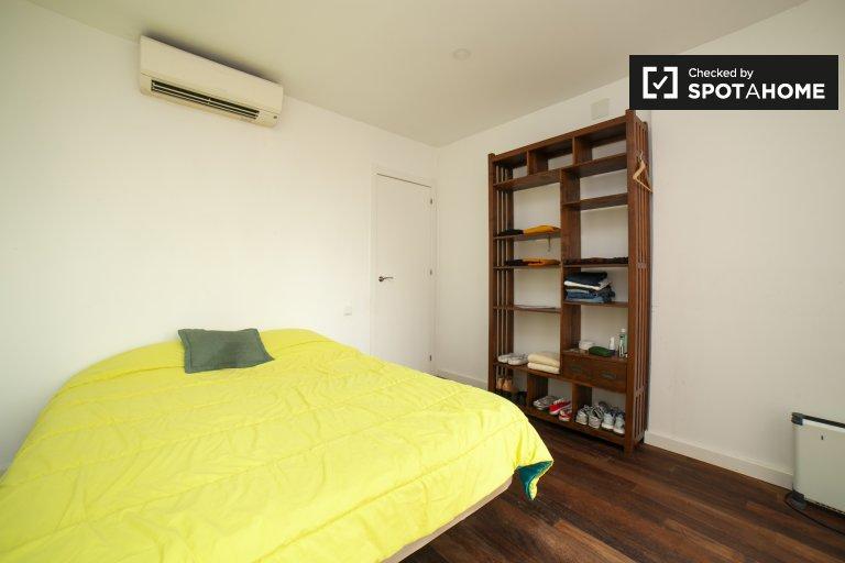 Se alquila habitación doble, apartamento de 2 dormitorios, Barri Gòtic