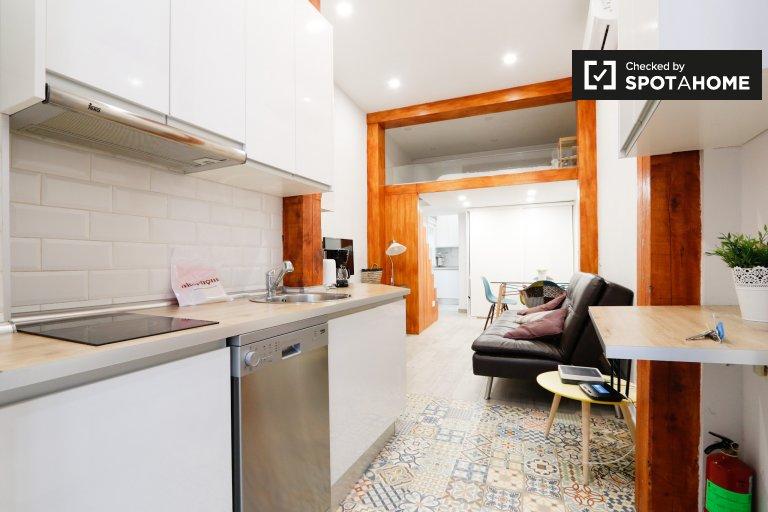 Studio-Wohnung zur Miete in Chueca, Madrid