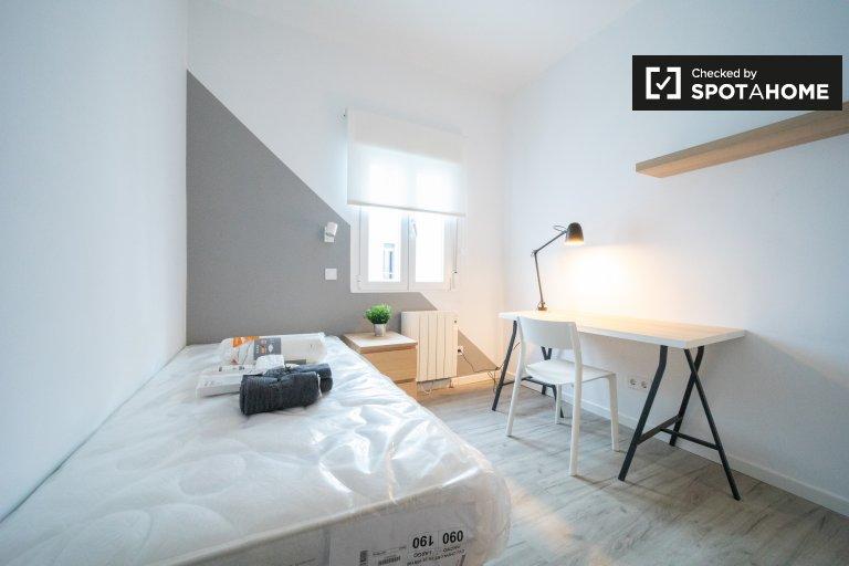Amplia habitación en apartamento de 3 dormitorios en Getafe, Madrid