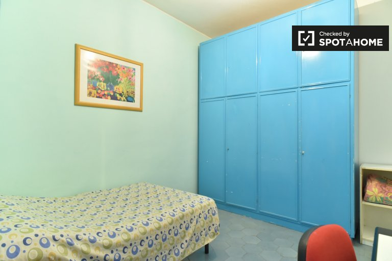 Furnished room in apartment in Appio Latino, Rome