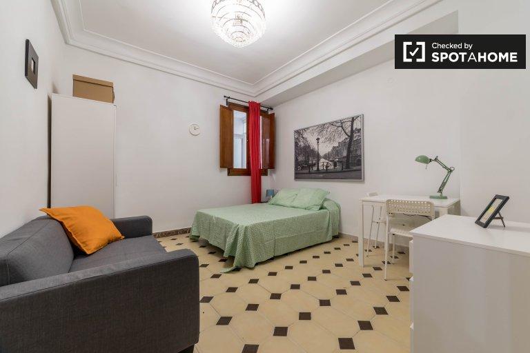 Chambre confortable à louer à Quatre Carreres, Valence
