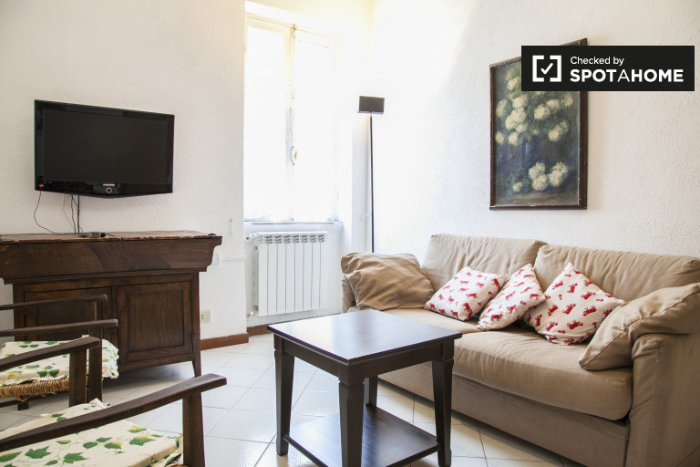 2-bedroom apartment for rent in Monti, Rome