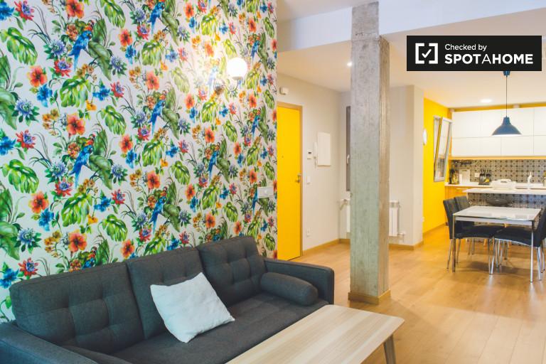 Habitación privada en apartamento de 6 dormitorios en Argüelles, Madrid