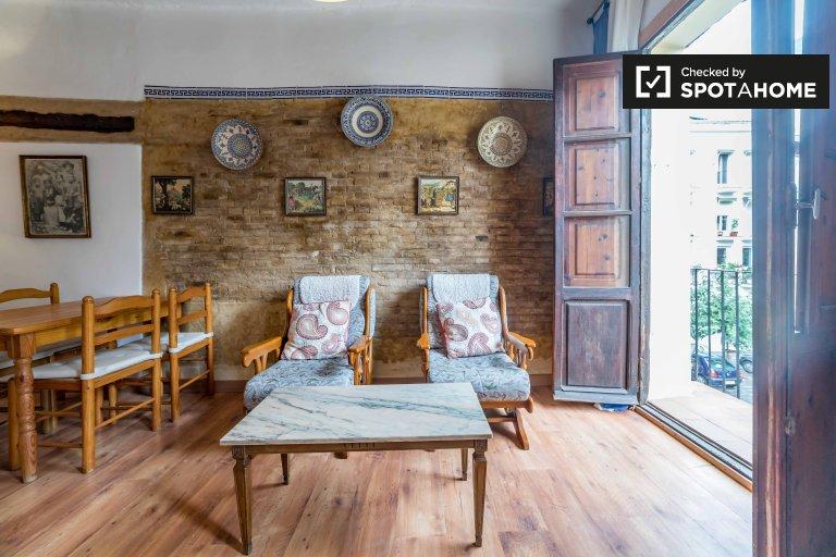 Apartamento de 1 quarto para alugar em Ciutat Vella, Valenica