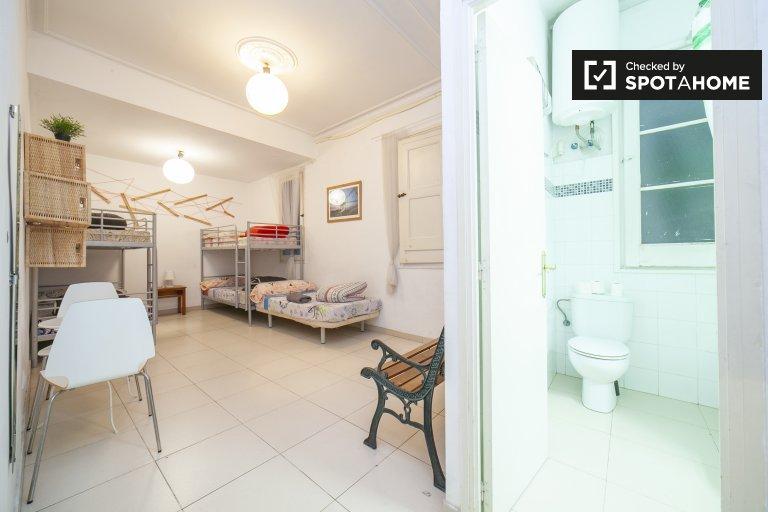 Quarto para alugar apartamento de 3 quartos L'Esquerra de l'Eixample