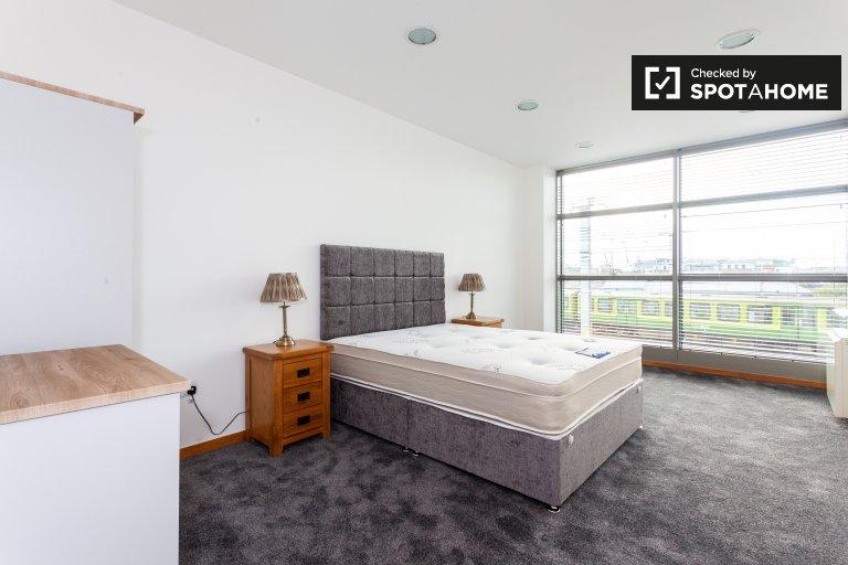Quarto em aconchegante e acolhedor apartamento de 2 quartos para alugar em N