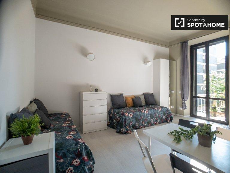 Luftiges Studio-Apartment zur Miete in Zona Solari, Mailand