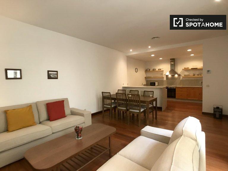 Elegante apartamento de 2 dormitorios en alquiler en Centro, Madrid