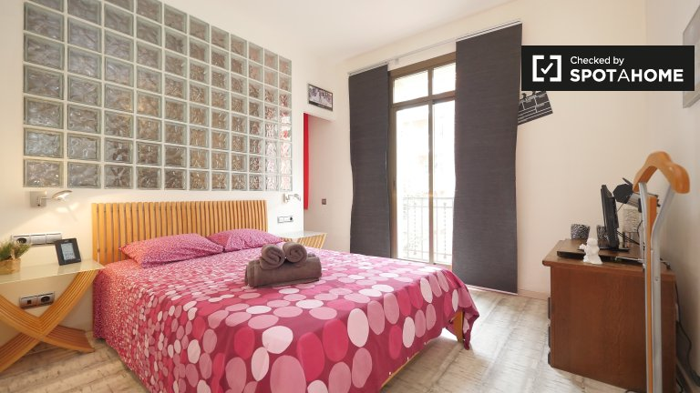 Cosy 2-bedroom apartment for rent in Eixample, Barcelona