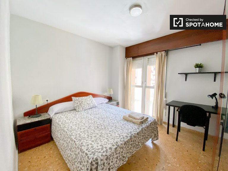 Quatre Carreres, Madrid'de 4 yatak odalı dairede oda