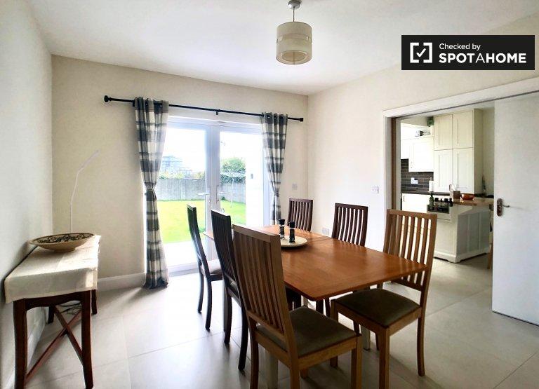 Haus mit 4 Schlafzimmern in Courtlands, Dublin zu vermieten