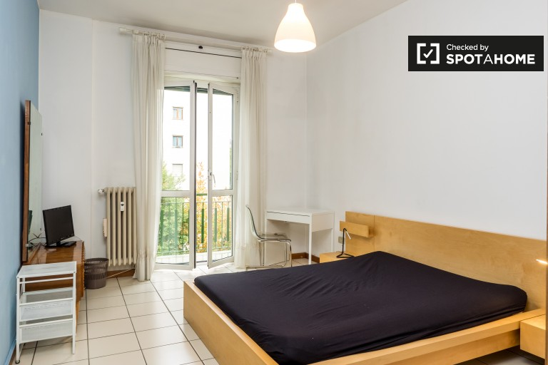 Bedroom 2, couple-friendly with double bed and balcony