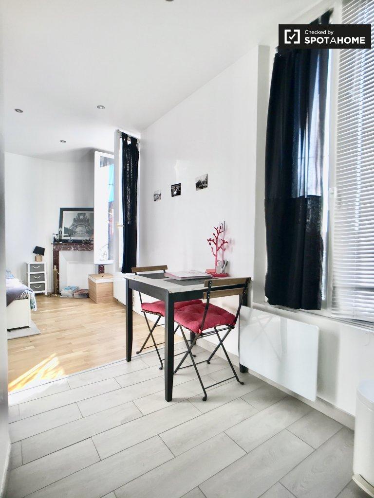 Cute studio apartment for rent in Épinay-sur-Seine, Paris