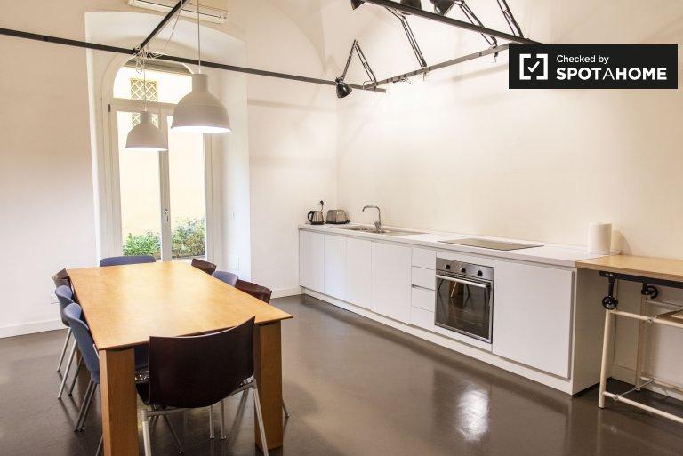 Geräumige 4-Zimmer-Wohnung zur Miete in Prati, Rom