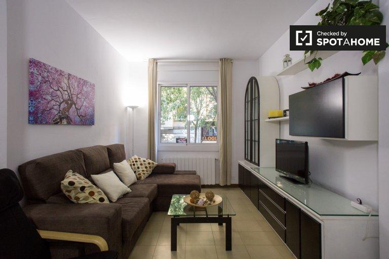 Renovado apartamento de 3 quartos para alugar em Gràcia