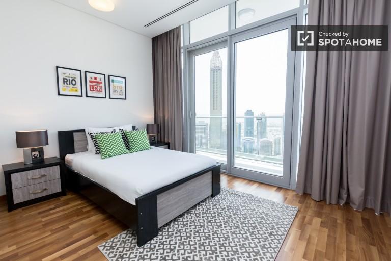 Luxurious 3-bedroom apartment for rent in Bur Dubai