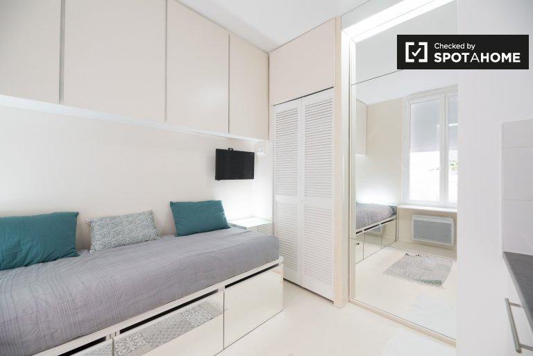 Studio apartment for rent in 2nd arrondissement, Paris