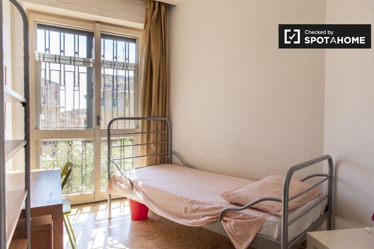 Chambre à louer dans un appartement de 6 chambres à Monteverde, Rome