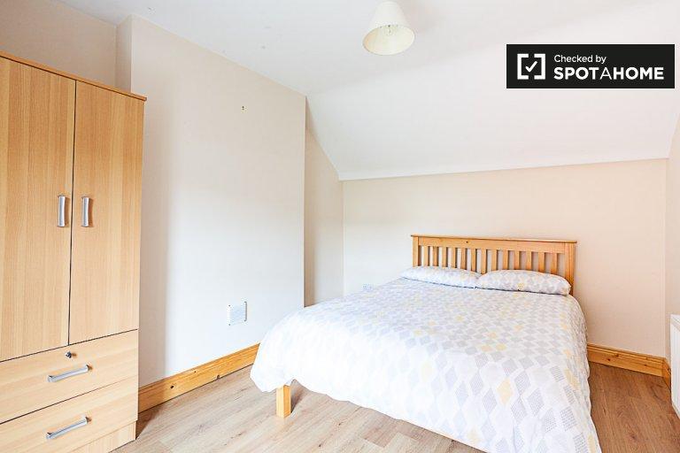 Quarto acolhedor para alugar em Smithfield, Dublin