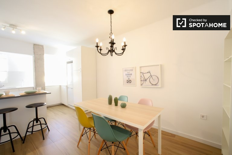 Chic 2-bedroom apartment for rent in Rascanya, Valencia