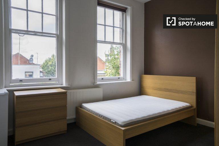 Acogedora habitación para alquilar en Kilburn, Londres