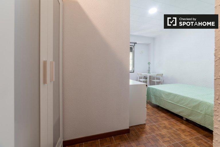 Habitación soleada en alquiler en Quatre Carreres, Valencia