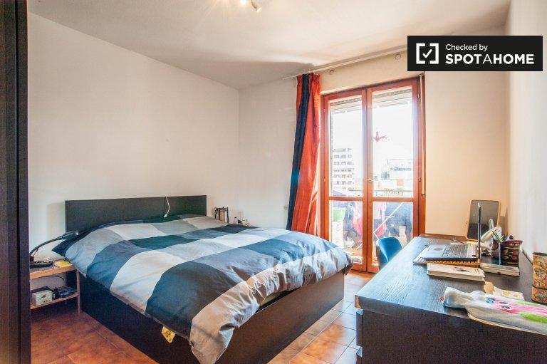 Umeblowany pokój z 2 sypialniami w Cinecitta, Rzym