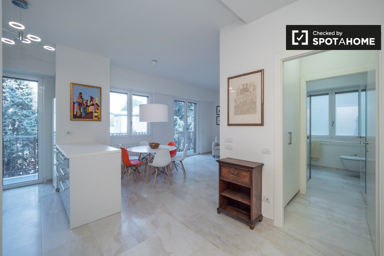 2-bedroom apartment for rent in Sempione, Milan